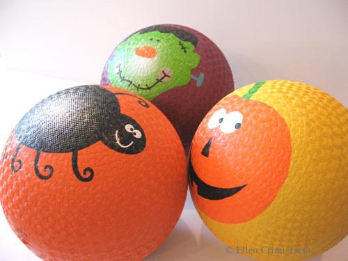 Halloweenballs2